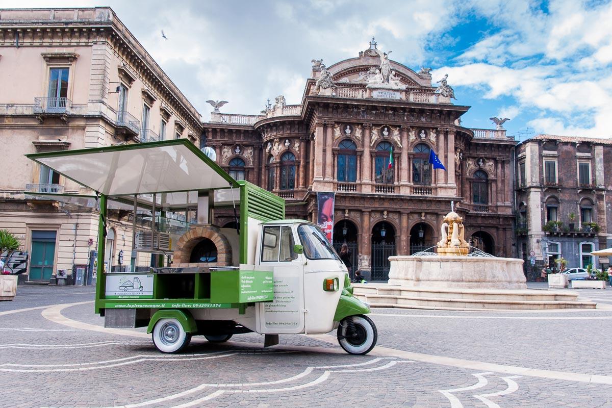 Ape verde pistacchio pizzeria siciliana a Catania, la pizzeria street food per eventi