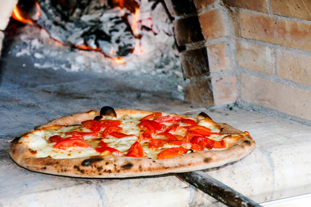Ape verde pistacchio pizzeria siciliana, lo street food per eventi
